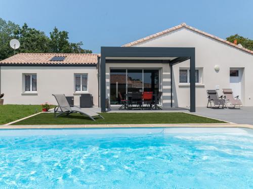 Maison en L de 96 m² avec piscine