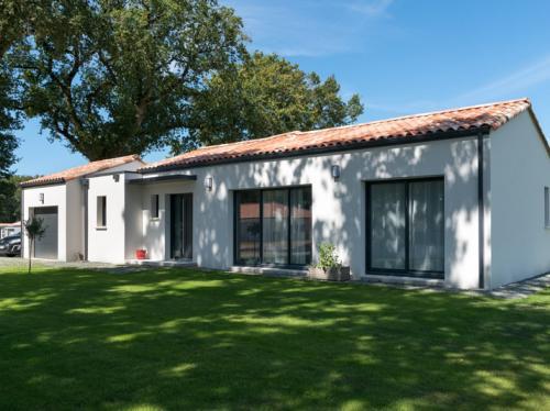 Maison moderne de 118 m² à tuiles